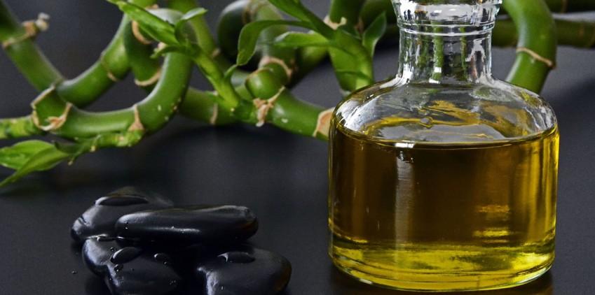 I benefici del massaggio con pietre calde