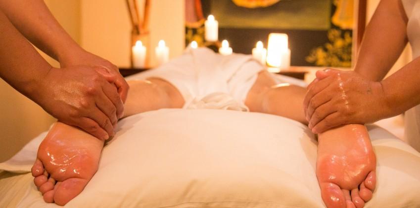 Massaggio a 4 mani per un 2 Giugno di relax