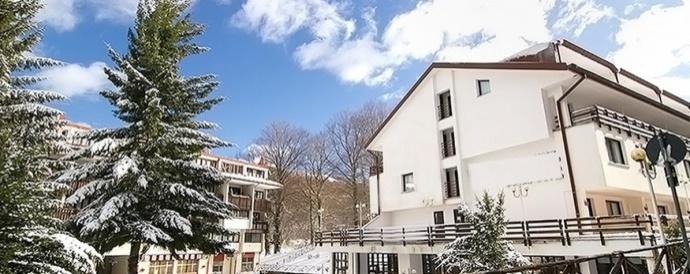 Capodanno in hotel con piscina coperta provincia avellino - Capodanno in piscina ...